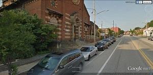 Steep door zone bike lane